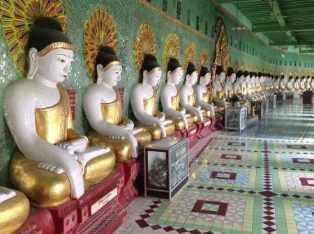 Buddhas at Kaunghmudaw Paya, Sagaing Hills