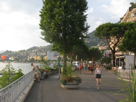 The delightful lakeside esplanade leads directly to the main Festival Venues