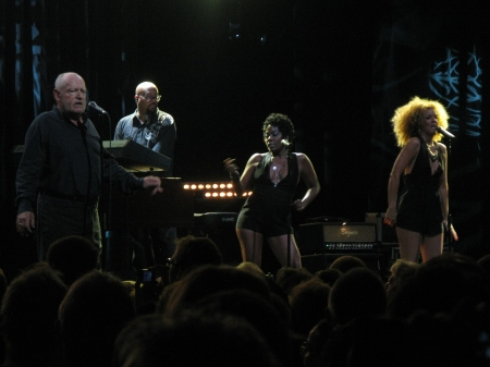 Joe Cocker and friends – attractive back up singers will always keep half the audience's attention!