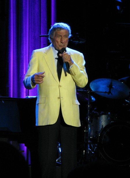 Described by no less an authority than Frank Sinatra as the world's greatest singer nothing has changed from Tony Bennett who delivers a master class in 2012 at Montreux