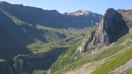 Looking down into the upper Soustal Valley with the Schilthorn right of centre.