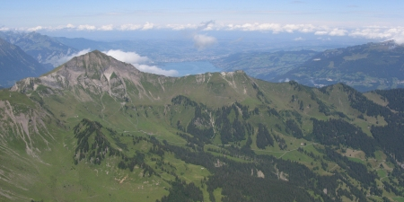 Morganberghorn with Lake Thun behind is one of my planned hikes for 2015.